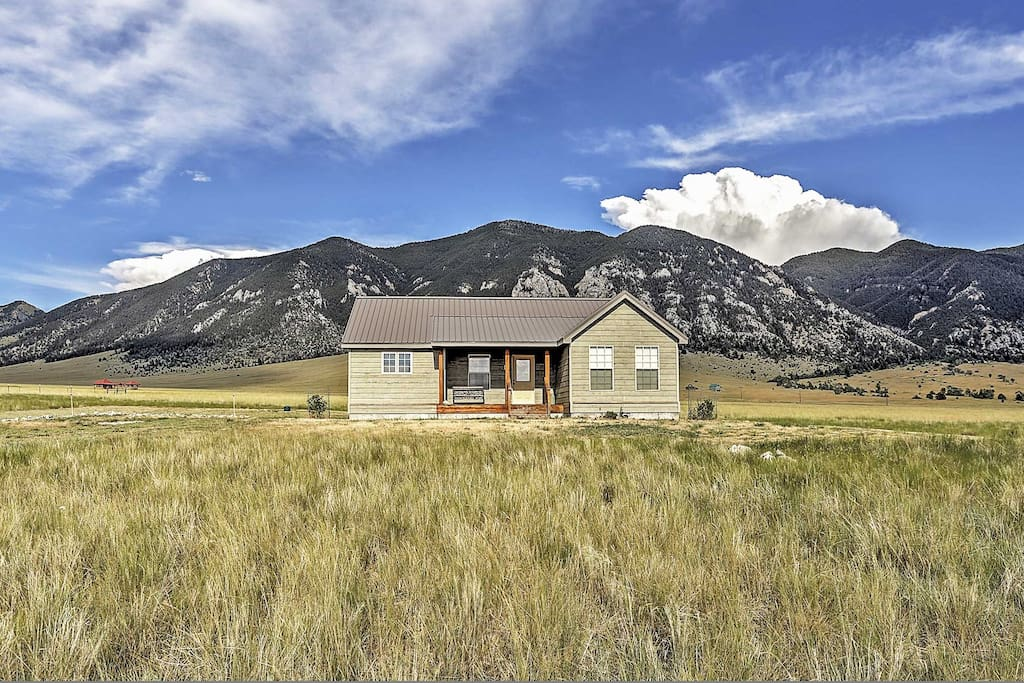 Enjoy the peace and serenity of 5 rural acres of gorgeous Montana landscape.
