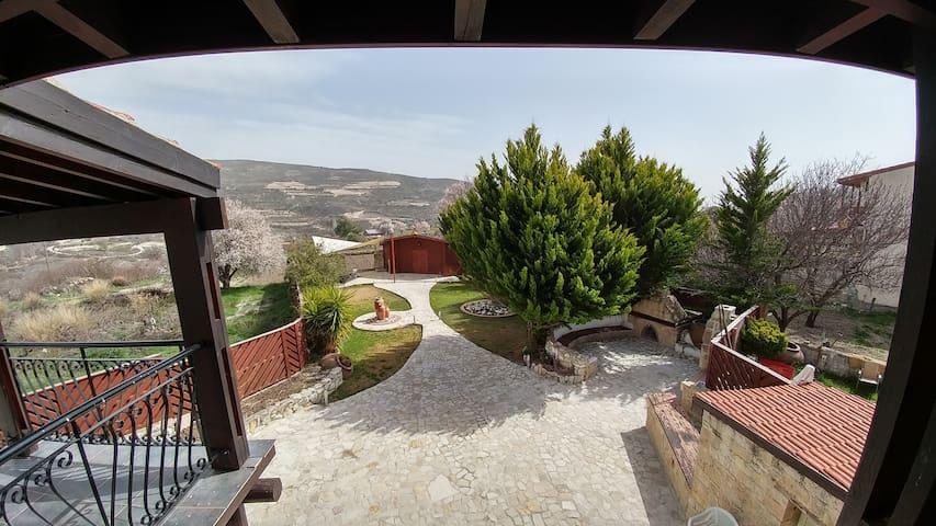 Stone Villa - Omodos - Hus