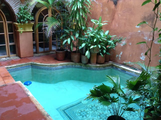 Great view and pool in the heart of Cartagena. - Cartagena - Rumah