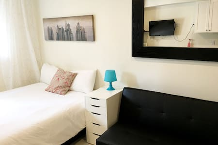 905A- Brand New Cute&Cozy place, Heart of Downtown