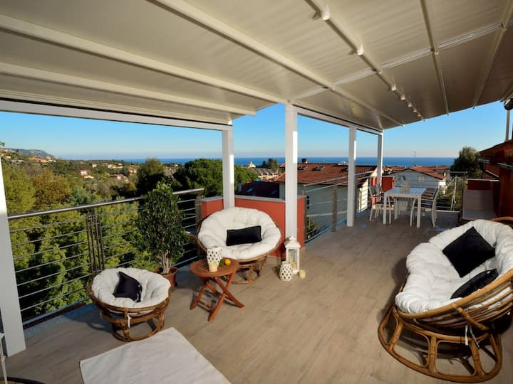 House with 2 bedrooms in Loano, with wonderful sea view, terrace and WiFi