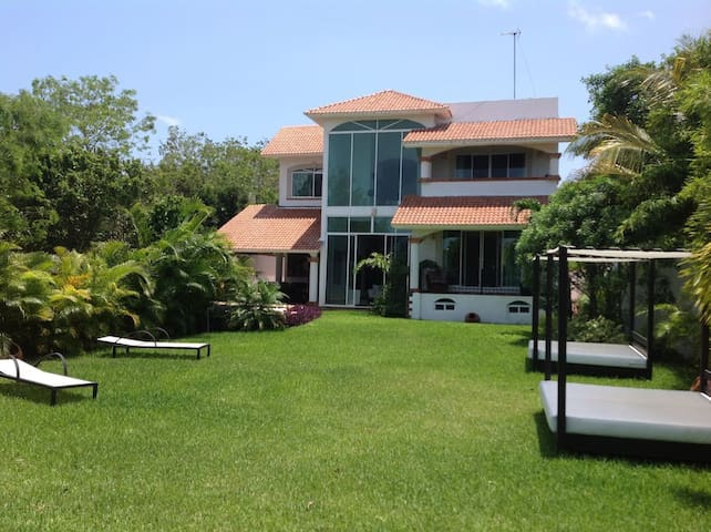 LUXORIOUS HOUSE 5 MIN AIRPORT 90M TULUM 40M P CARM