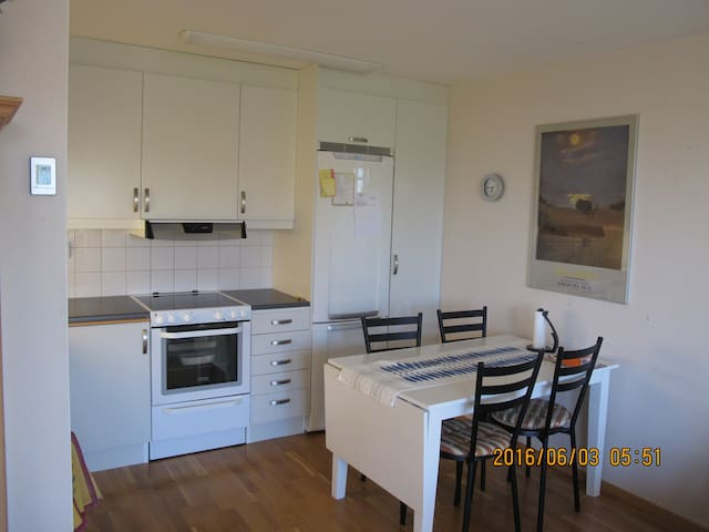 smal confortable apartment near Gothenburg - Kungsbacka