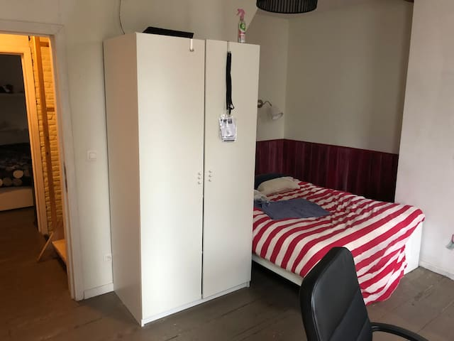 Student room in the city center of Ghent
