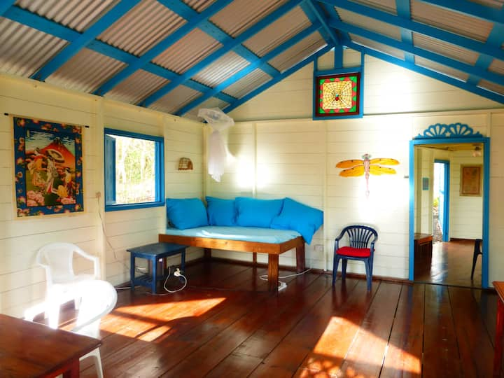 CARIBBEAN ECO HOUSE ON BEQUIA,SVG