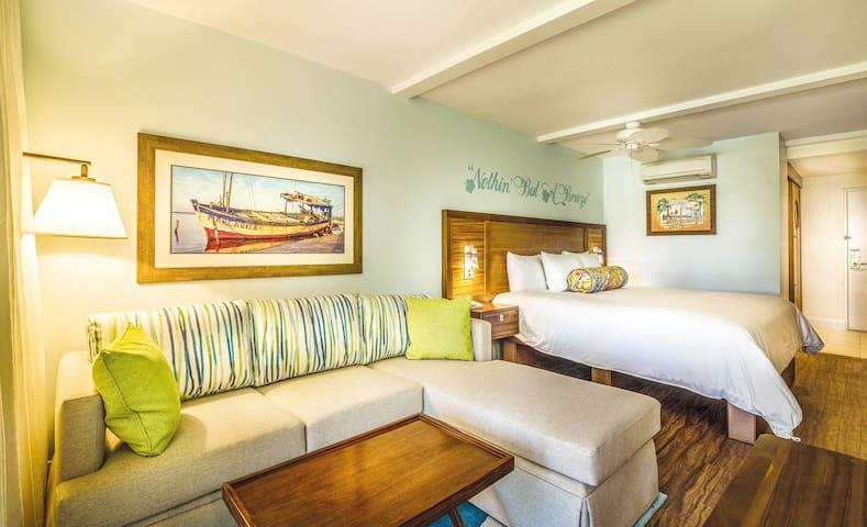 LUXURY St. Thomas Studio - Beach Front Resort