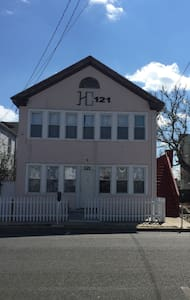 121-Beach house has 2 apt (16 guest - 锡赛德海茨(Seaside Heights) - 公寓