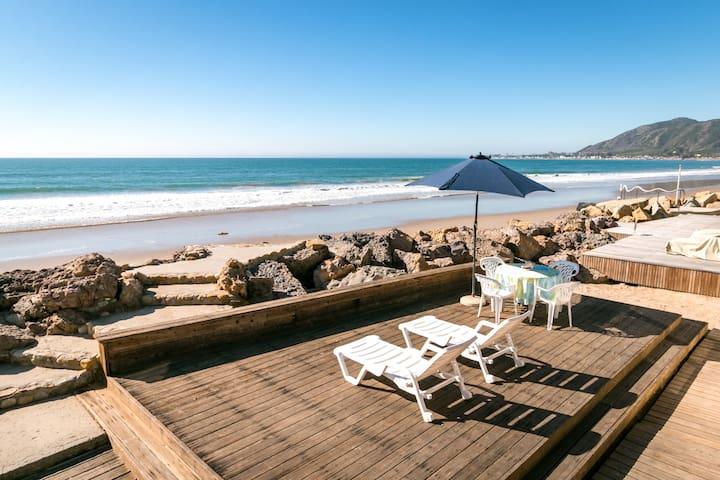 Beachfront Home – Dazzling Ocean View & Huge Patio