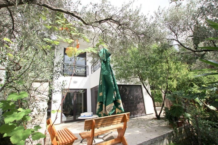 Modern villa in Petrovac in 200 m from the sea - ペトロヴァック - 別荘