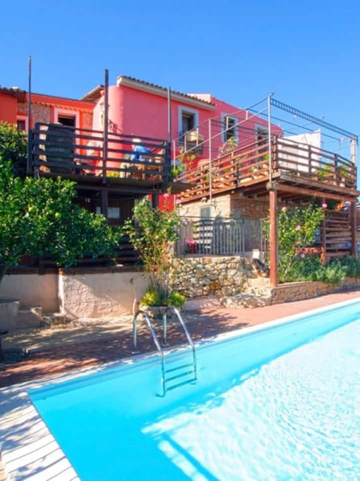 Casa Baronessa - gemütliches Ferienhaus mit Pool