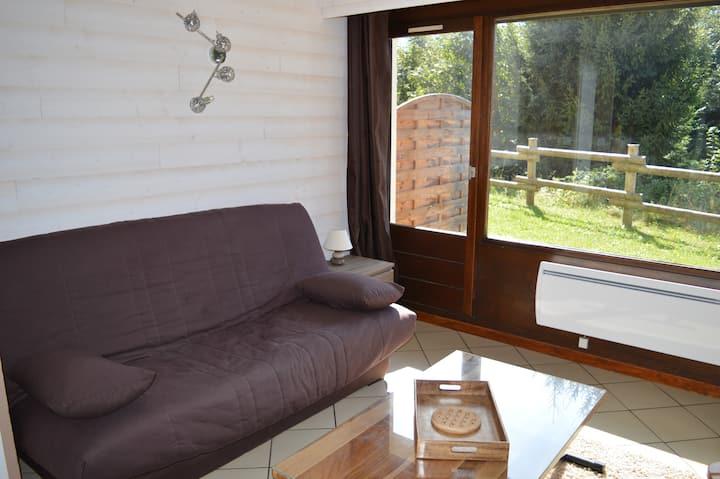 Au centre du village, studio de 18m² avec terrasse