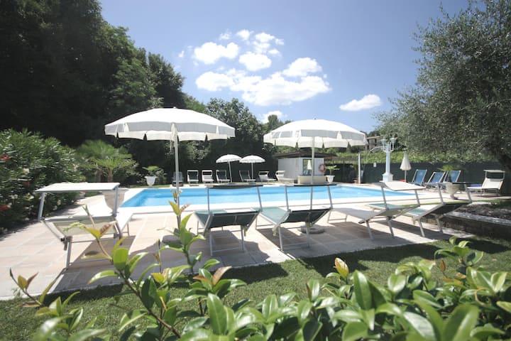Residence Garda Valtenesi  -Relax and lake view