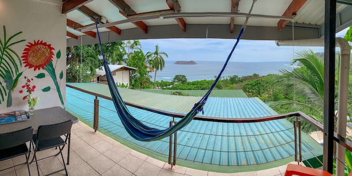 Connect and enjoy-Ocean View-Manuel Antonio