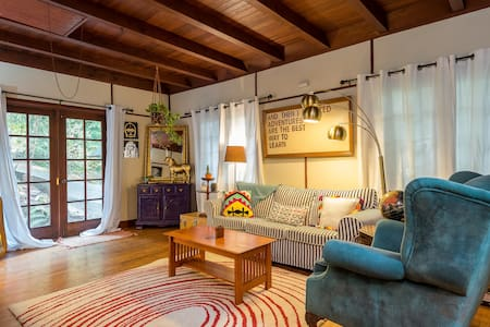 The Stratton House: Cozy, quirky, and swoon-worthy - Portland - Haus