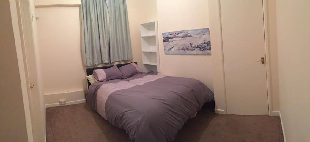 Everything you need AND close to town - Bridport - Wohnung