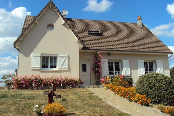 Chambres d'hôtes près de Beauval et des châteaux - Céré-la-Ronde - Bed & Breakfast
