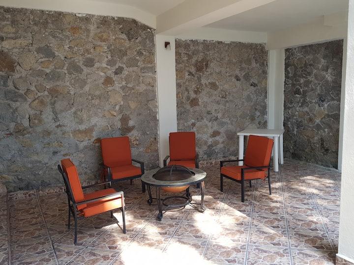 Casa cerca al centro de Cuernavaca Alberca privada