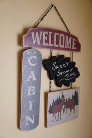 Quiet, cozy cabin