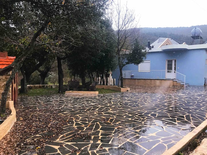 """Kobayat Oaks"" private  house in North-lebanon"