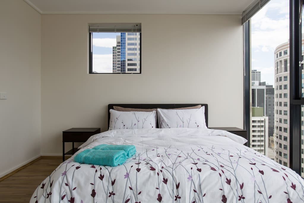 Spacious Cbd City View Apartment Free Tram Zone Apartments For Rent In Melbourne Victoria