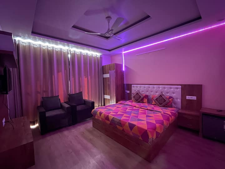 luxury furnishd room wid big balcony nr huda city