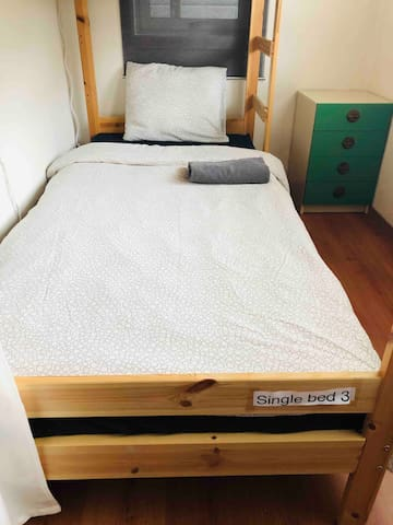 Single bed 3 (room shared with 1 other persons)