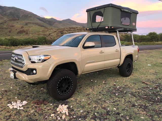 16' Toyota Tacoma with Tepui Rooftop Tent