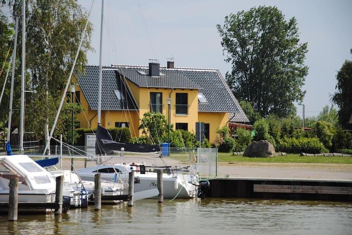 Haus am Saaler Bodden