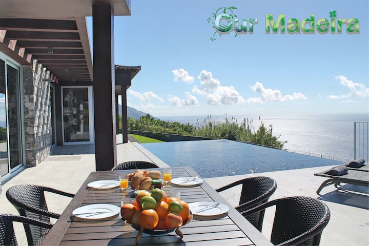 Modern cliff-top villa, panoramic sea-views, A/C, heated pool | Cliffscape