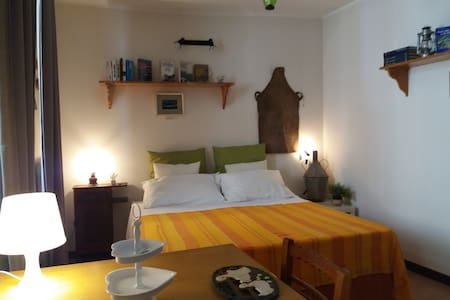 La casa del pittore di Petralia- stanza C. Matapan