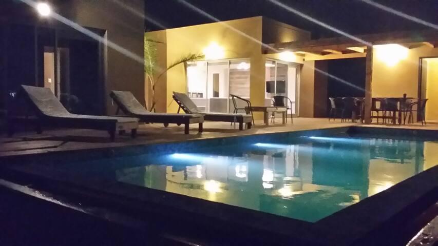 Casa Costa esmeralda con pileta, Barrio Senderos 1 - Pinamar - House