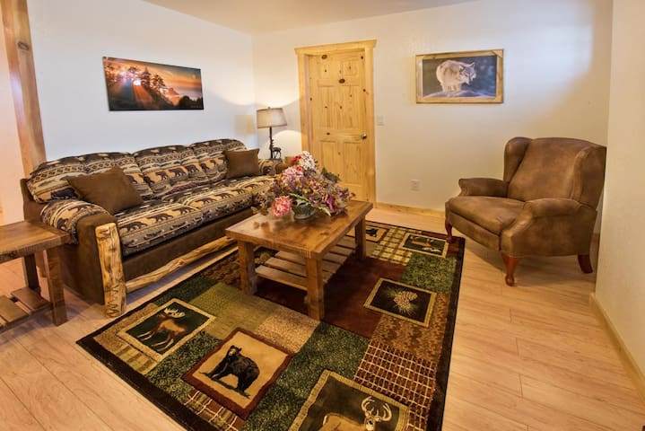 Alpenrose Apartments