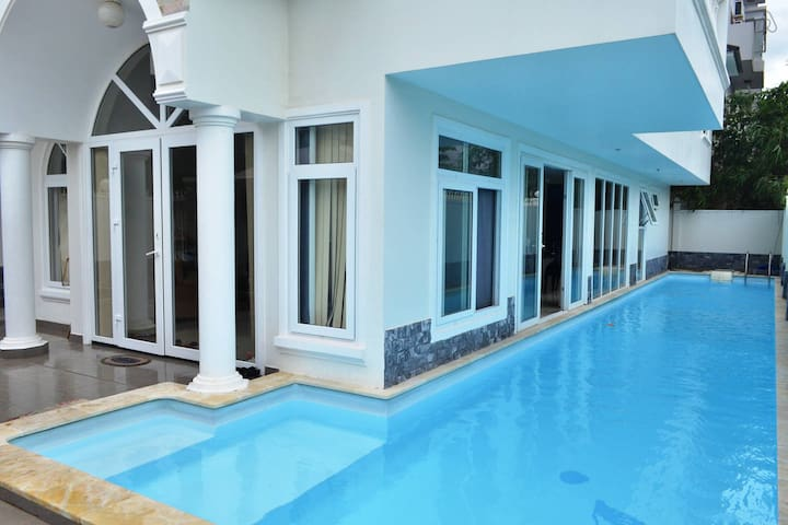 Luxurious 6 bedroom house - Natural Heritage Area Trang - House