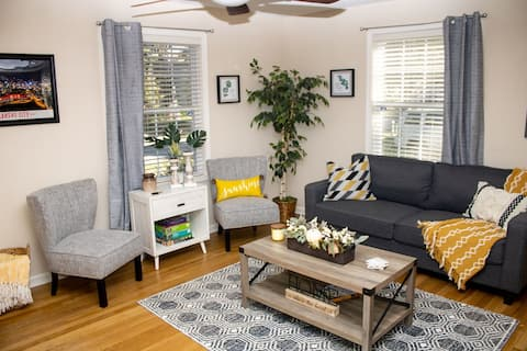 Stay/Walk/Play in this Charming Brookside Townhome