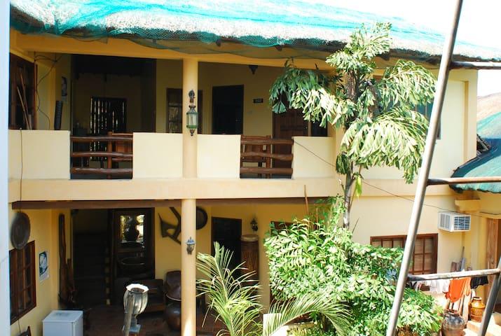 Casa Aviara Pansion resort