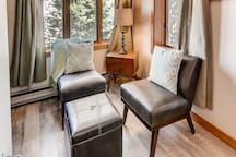 Cozy 3 Bedroom/Ski-in, Ski-Out/Golf-on, Golf-Off