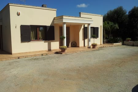 Le Tre Palme Ostuni - San Michele Salentino