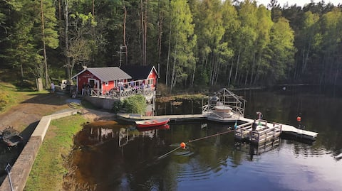 Laxforsen - Cabin with own lake and sauna