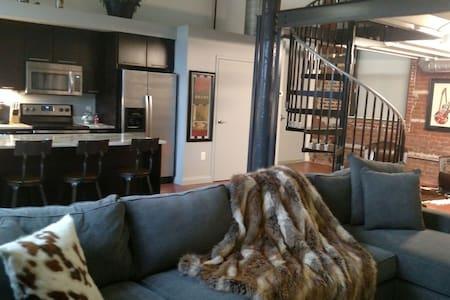 Short North Loft - Modern Luxury!! - Columbus