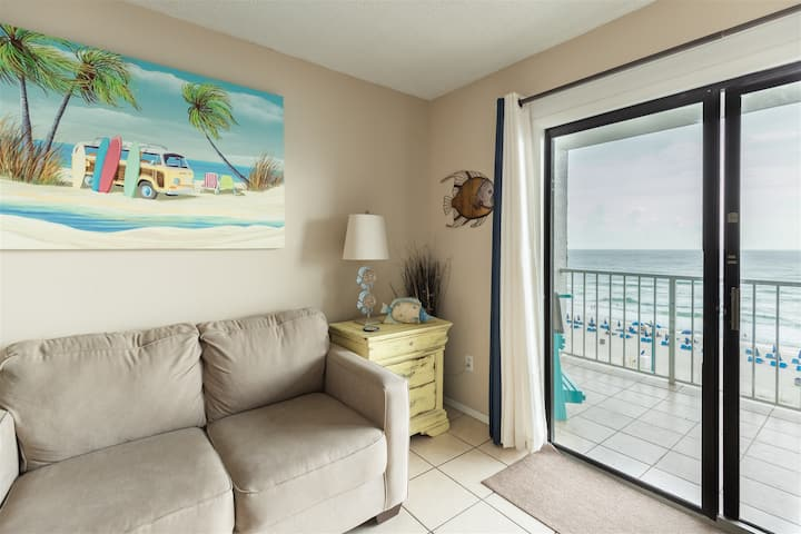 The Summit 602- Gulf Front Condo Overlooking The White Sandy Beach