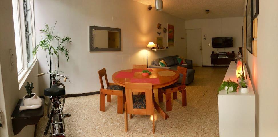 Room with private bathroom in Escalante
