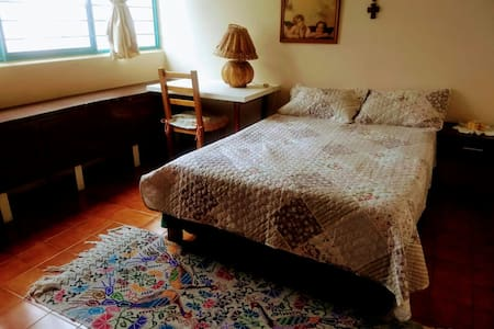Lovely Room #4 Oaxaca Historical Center
