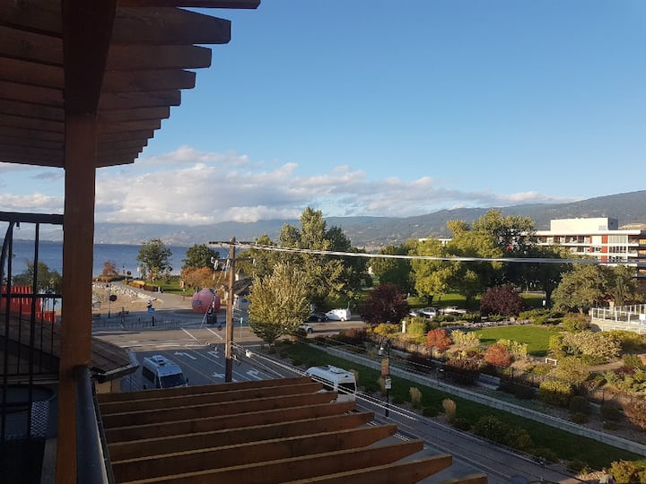 Downtown Lake View Condo steps from Okanagan Lake!