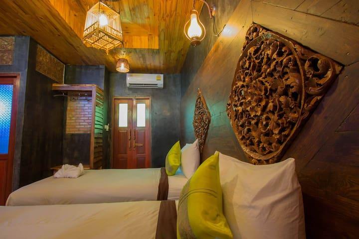 Sea Rock Resort, Twin Bed Room - Tambon Ko Pha-ngan - Apartment