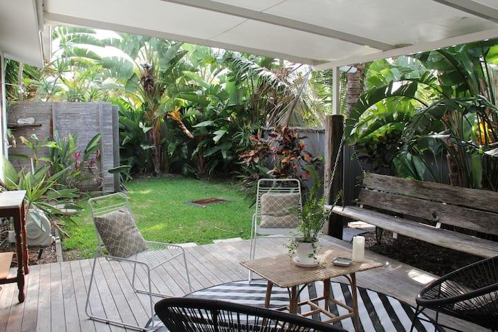 Stunning Coastal Garden Cottage