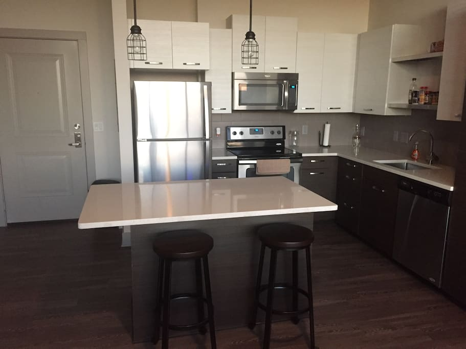 Beautiful kitchen spacious great for cooking