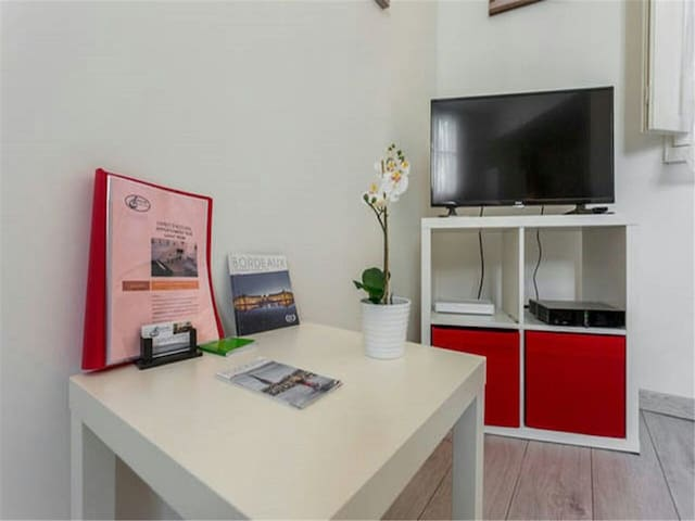 charming duplex 35 Rue St Remi - Bright, quiet
