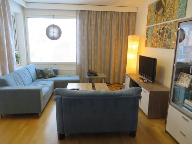 Cosy room in convenient location - Tampere - Apartemen