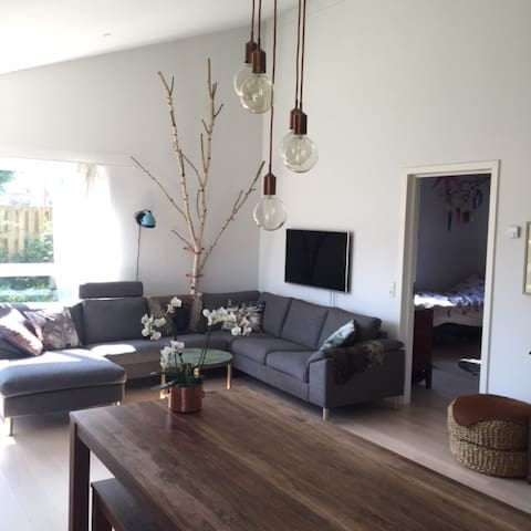 Beautiful house 15 minutes from Cph - Herlev - Dom