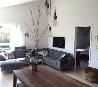 Beautiful house 15 minutes from Cph + Car 2 rent - Herlev